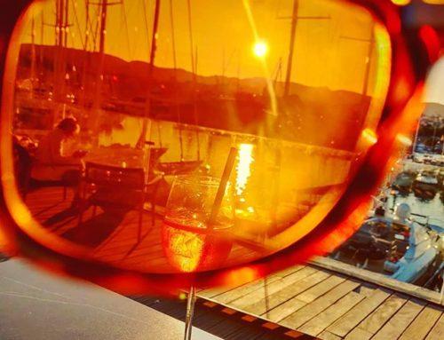 Aperitivo time •••#aperolspritz #marina #palmademallorca #spain #balearicislands #cruising #cruise #crew #sailing #travel #traveling #traveler #instatravel #instapassport #instatraveling #travelgram #travelingram #igtravel #travelblog #sea #travelstoke