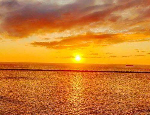Last Japanese sunset… 🌞•••#kanazawa #japan #maidirebanzai #sunset #sea #clouds  #travel #travelling #traveler #instatravel #wanderlust #trip #lifeofadventure #doyoutravel #instapassport #instatraveling #mytravelgram #travelgram #travelingram #travelstoke #traveling #travelblog #instago
